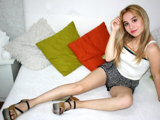 Photos show BrittanyMi