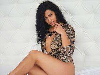 Shows naked GiselleJanson