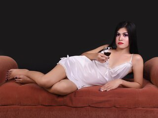 Jasmin adult MarianCarmelo